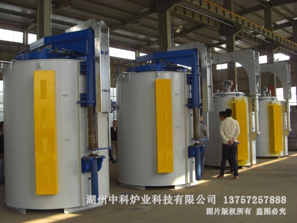 井式液体氮化炉